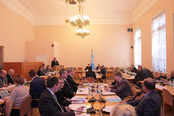 О гармонизации законодательства в сфере безопасности и противодействия новым вызовам и угрозам говорят в Таврическом дворце