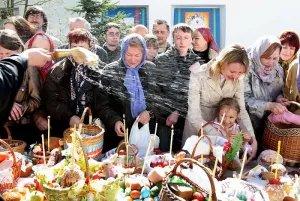 Православные христиане всего мира отмечают Пасху