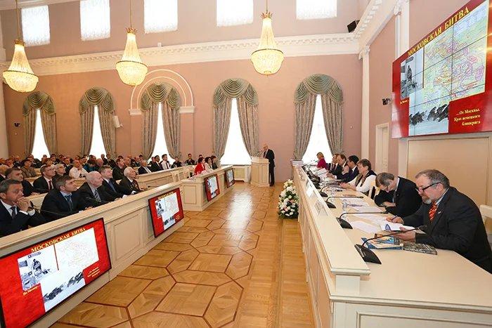 Презентация книг, посвященных Великой Отечественной войне прошла в Таврическом дворце