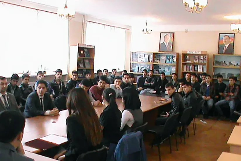 Развитие демократических институтов в Азербайджанской Республике обсудили в Баку