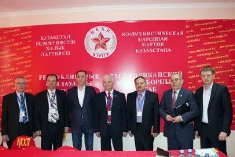 Группа наблюдателей от МПА СНГ встретилась Айкыном Конуровым