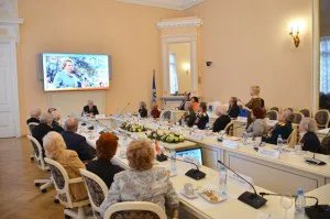 Участники акции «Эстафета Памяти» встретились в Таврическом дворце