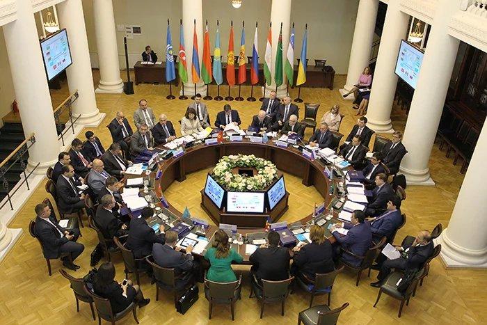 Интеграционное взаимодействие обсудили экономисты СНГ в Таврическом дворце