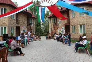 В Чолпон-Ате наградили победителей международного конкурса сочинений