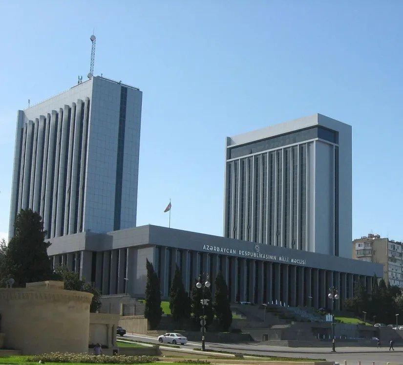 Меморандум о сотрудничестве подписали Милли Меджлис и Совет печати Азербайджанской Республики