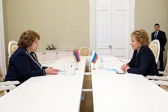 Валентина Матвиенко встретилась с Эрмине Нагдалян