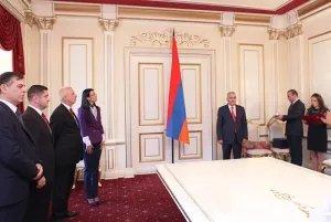 Награды МПА СНГ вручили представителям Парламента Республики Армения