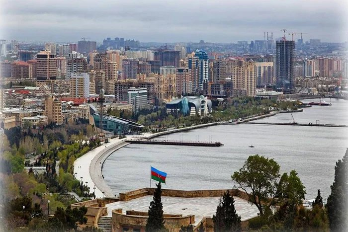 Международные наблюдатели от МПА СНГ прибывают в Баку