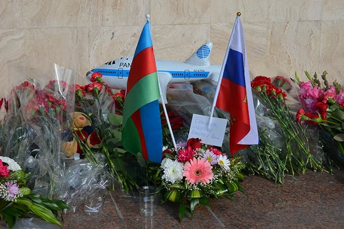 Наблюдатели от МПА СНГ почтили память погибших в авиакатастрофе на Синайском полуострове