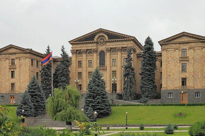 Валентина Матвиенко прибыла в Республику Армения с официальным визитом