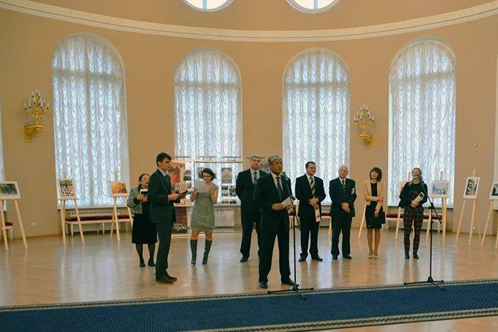 X фотовыставка студенческих работ «Петербург – в мире, мир – в Петербурге …» открылась в Таврическом дворце