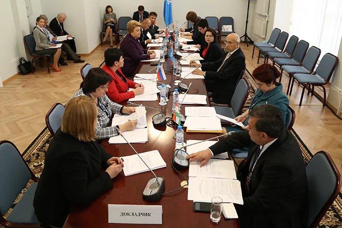 Вопросы социальной политики обсудили в Таврическом дворце