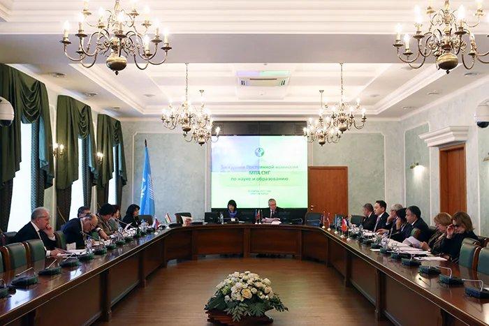 Проекты модельных законов в сфере науки и образования обсудили парламентарии Содружества в рамках осенней сессии МПА СНГ