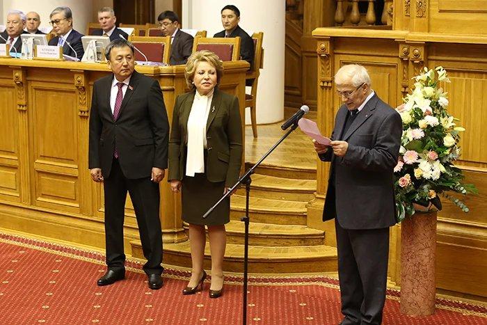 Премия Межпарламентской Ассамблеи СНГ имени Чингиза Айтматова присуждена Грачье Тамразяну
