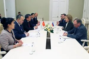 Прошла двусторонняя встреча Председателя Совета МПА СНГ и Жогорку Кенеша Кыргызской Республики