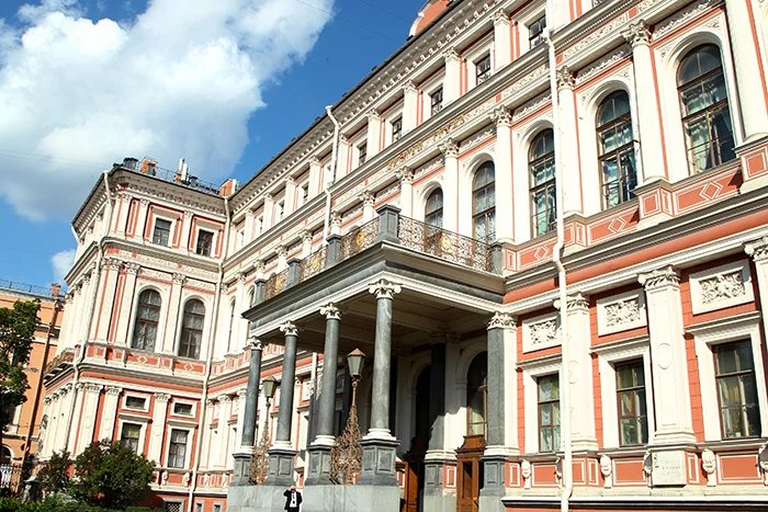 Об опыте взаимодействия избирательных комиссий и органов власти с общественными организациями говорили в Санкт-Петербурге