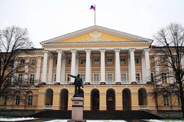 Руководителей комитетов Администрации Санкт-Петербурга наградили почетными грамотами МПА СНГ