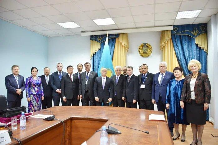 Наблюдатели от МПА СНГ посетили ЦИК Республики Казахстан