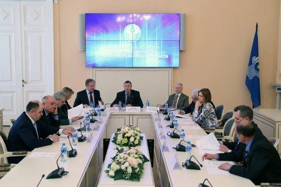 В штаб-квартире МПА СНГ прошло заседание Экспертного совета при Постоянной комиссии МПА СНГ по правовым вопросам