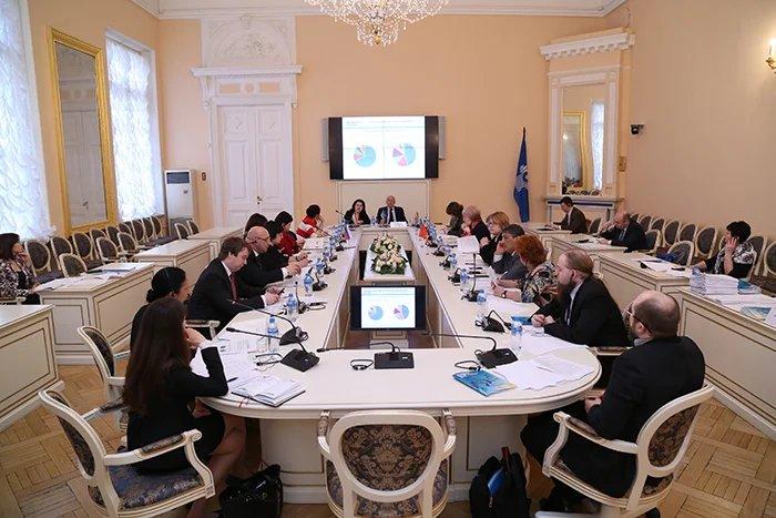Вопросы социальной политики обсуждаются в штаб-квартире МПА СНГ