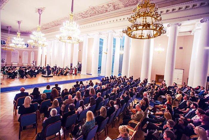 В Таврическом дворце прошел гала-концерт в рамках 13-й Недели Германии в Санкт-Петербурге