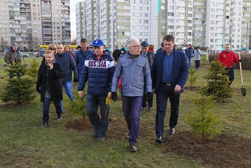 Представители Секретариата Совета МПА СНГ приняли участие в городском субботнике