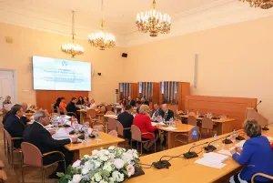 В Таврическом дворце прошло заседание Постоянной комиссии МПА СНГ по изучению опыта государственного строительства и местного самоуправления