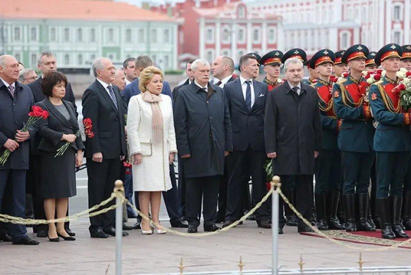 Председатель Совета МПА СНГ Валентина Матвиенко приняла участие в мероприятиях, посвященных Дню рождения Санкт-Петербурга
