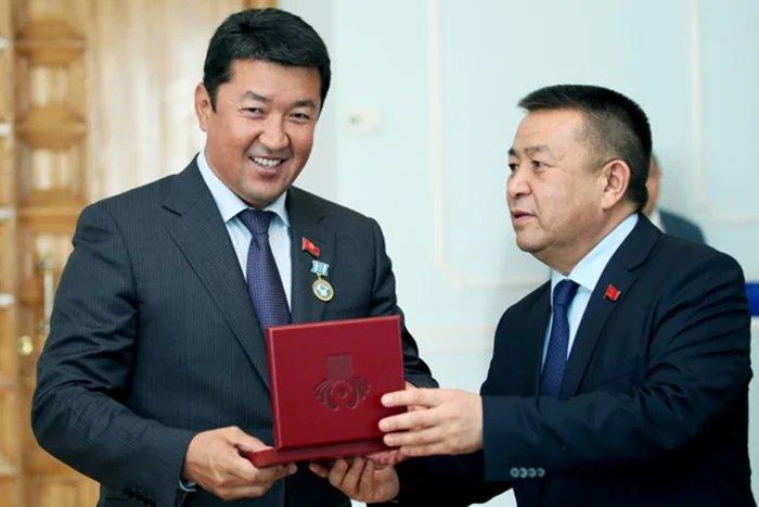 В Бишкеке Торага Жогорку Кенеша Кыргызской Республики вручил награды МПА СНГ