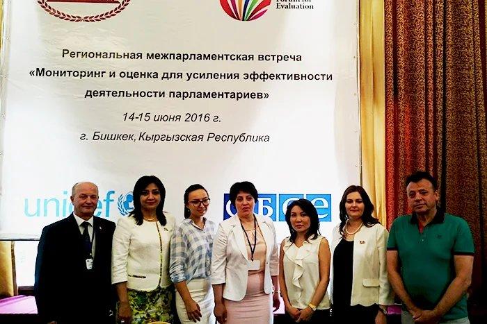 В Бишкеке проходит региональная межпарламентская встреча «Мониторинг и оценка для усиления эффективности деятельности парламентариев»