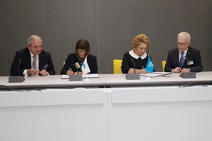 Межпарламентская Ассамблея СНГ и Парламентская ассамблея Черноморского экономического сотрудничества подписали Соглашение о сотрудничестве