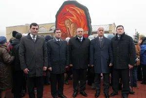 В Тихвине открыли памятник детям блокадного Ленинграда