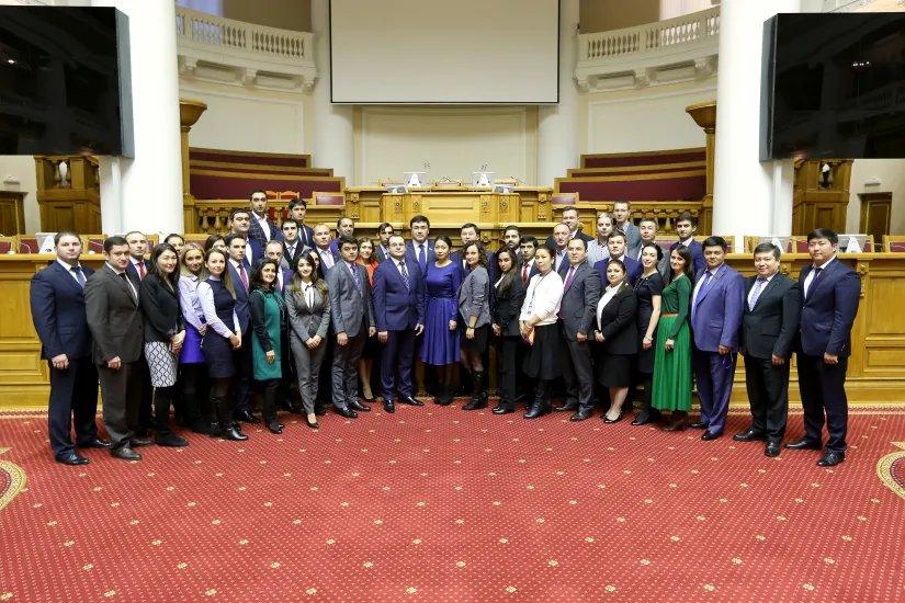 Молодые парламентарии Содружества прибыли в Санкт-Петербург на осеннюю сессию ММПА СНГ