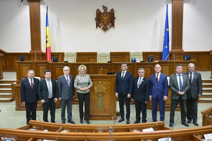 Члены Миссии наблюдателей от СНГ встретились с Владимиром Витюком