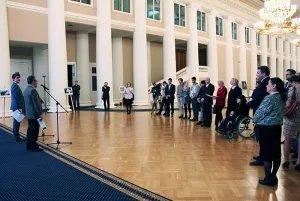В Таврическом дворце открылась XI фотовыставка студенческих работ «Петербург — в мире, мир — в Петербурге…»