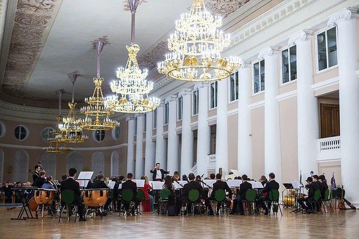 Международный симфонический оркестр «Таврический» отметил свой день рождения