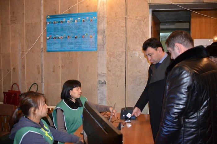 В Кыргызской Республике начался референдум по внесению изменений в Конституцию
