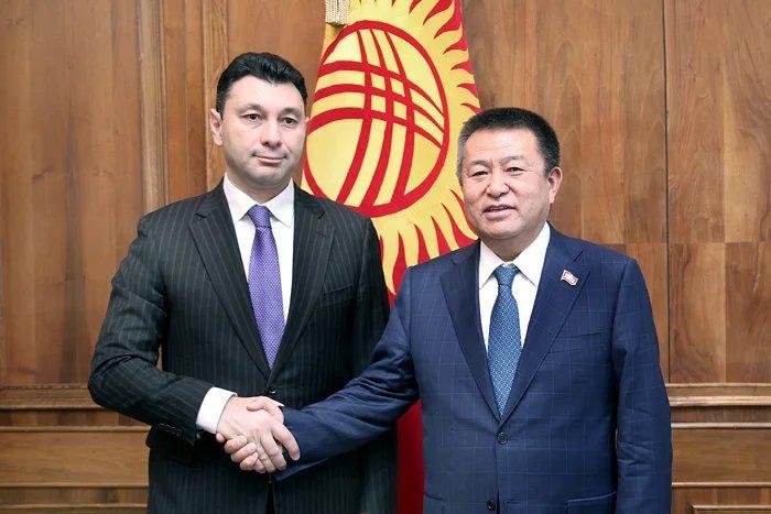 Группа международных наблюдателей от МПА СНГ встретилась с Председателем Жогорку Кенеша Чыныбаем Турсунбековым