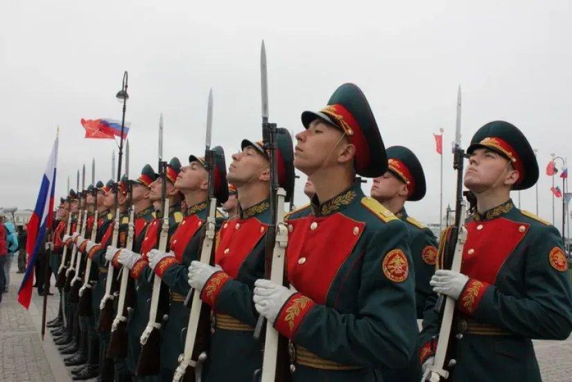 В странах СНГ отмечают День защитника Отечества