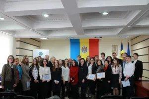 В Республике Молдова подвели итоги конкурса эссе среди молодых избирателей