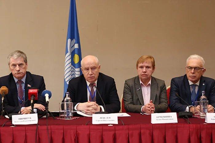 Наблюдатели от СНГ назвали выборы в Республике Армения открытыми и прозрачными