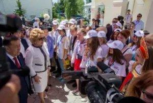 Валентина Матвиенко и Чыныбай Турсунбеков принимают участие в работе юбилейного международного культурно-образовательного форума «Дети Содружества»