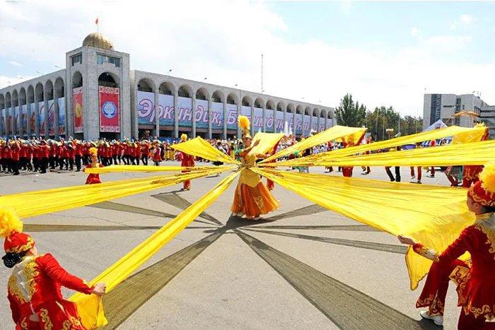 День независимости празднуют в Кыргызской Республике