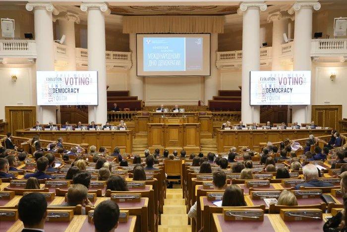 Вопросы развития и укрепления демократии обсудили в штаб-квартире МПА СНГ