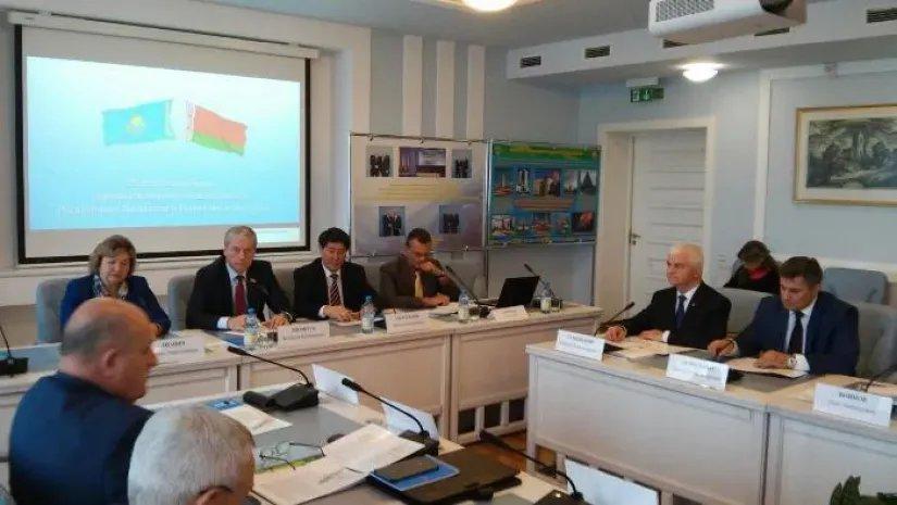 Межпарламентское сотрудничество Казахстана и Беларуси в рамках МПА СНГ обсудили в Минске