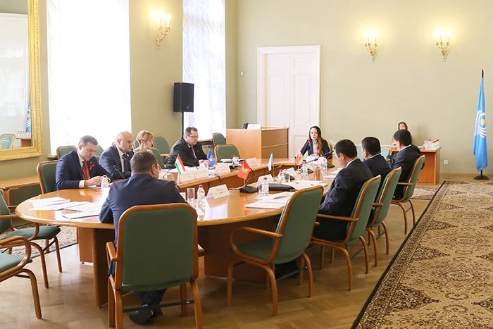 Заседание Постоянной комиссии МПА СНГ по аграрной политике, природным ресурсам и экологии состоялось в Таврическом дворце