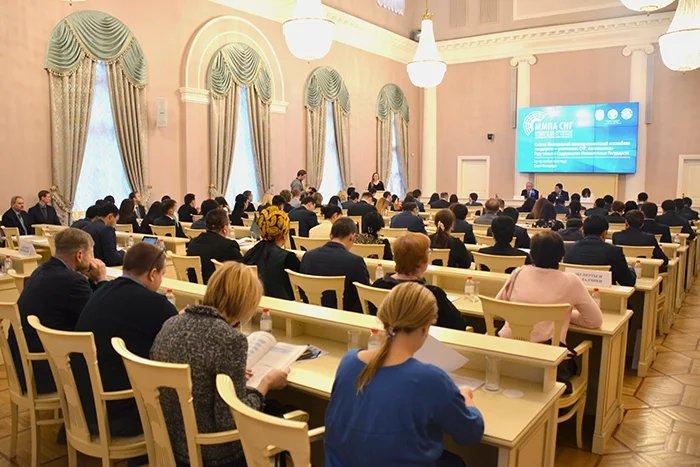 В Таврическом дворце прошло десятое, юбилейное заседание ММПА СНГ