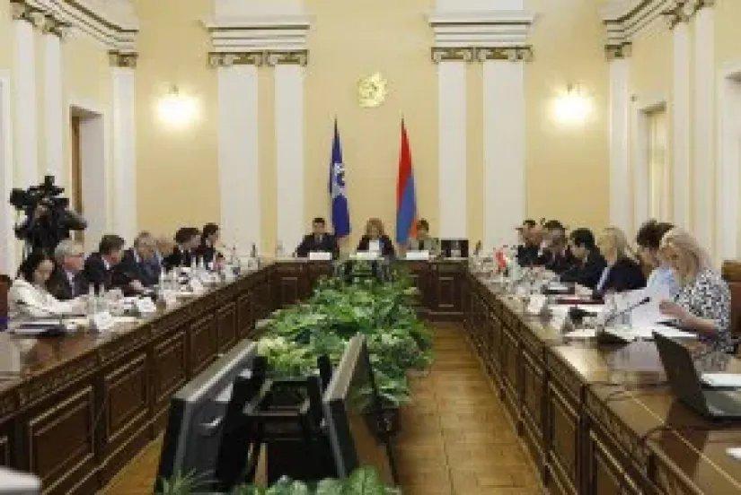 Выездное заседание Постоянной комиссии МПА СНГ по аграрной политике, природным ресурсам и экологии прошло в Ереване