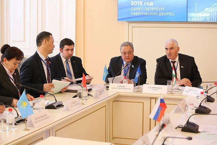 Заседание Постоянной комиссии МПА СНГ по политическим вопросам и международному сотрудничеству прошло в Таврическом дворце