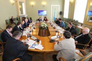О модельном законотворчестве в сфере экономики говорили в штаб-квартире МПА СНГ